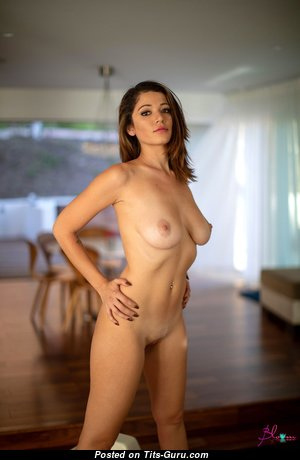 Graceful Glamour Babe with Graceful Open Mid Size Boob & Large Nipples (Hd 18+ Pic)