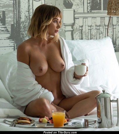 Splendid Babe with Splendid Open Real Med Busts (Sex Pix)