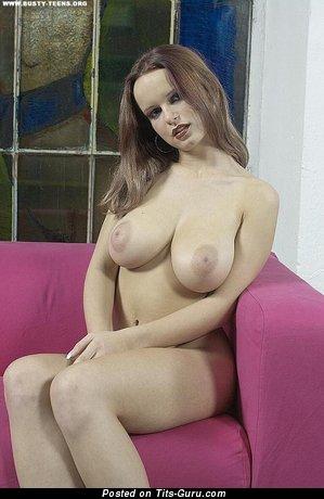 Renata Daninsky - Lovely Czech Pornstar with Lovely Bare Natural Great Boobies (Hd Sex Pix)