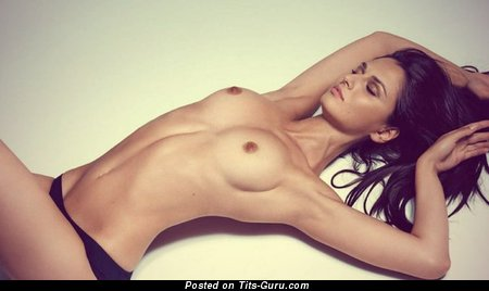 Image. Anna Safroncik - nude brunette with medium natural tots pic