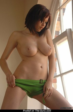 Nude nice lady with big natural boobs pic
