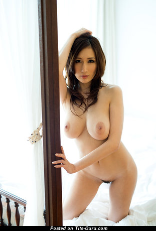 Sexy nude asian brunette with big nipples picture