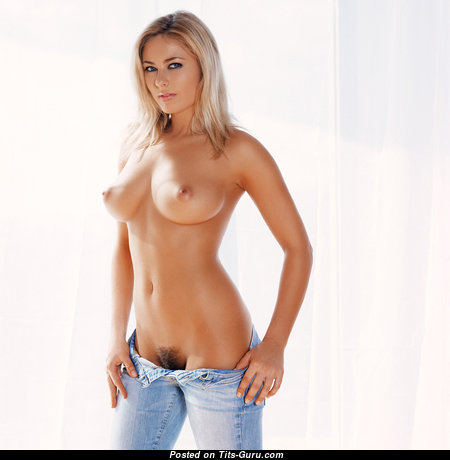 Good-Looking Babe with Good-Looking Exposed Natural Chest (Hd 18+ Wallpaper)