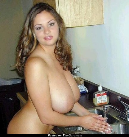 Perfect Chick with Perfect Naked Real H Size Tittes (Sexual Pix)