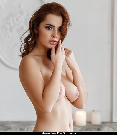 Sweet Glamour Babe with Sweet Defenseless Natural Medium Knockers (Xxx Pic)