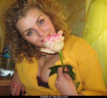Жанна - Adorable Nude Russian Dame (18+ Wallpaper)
