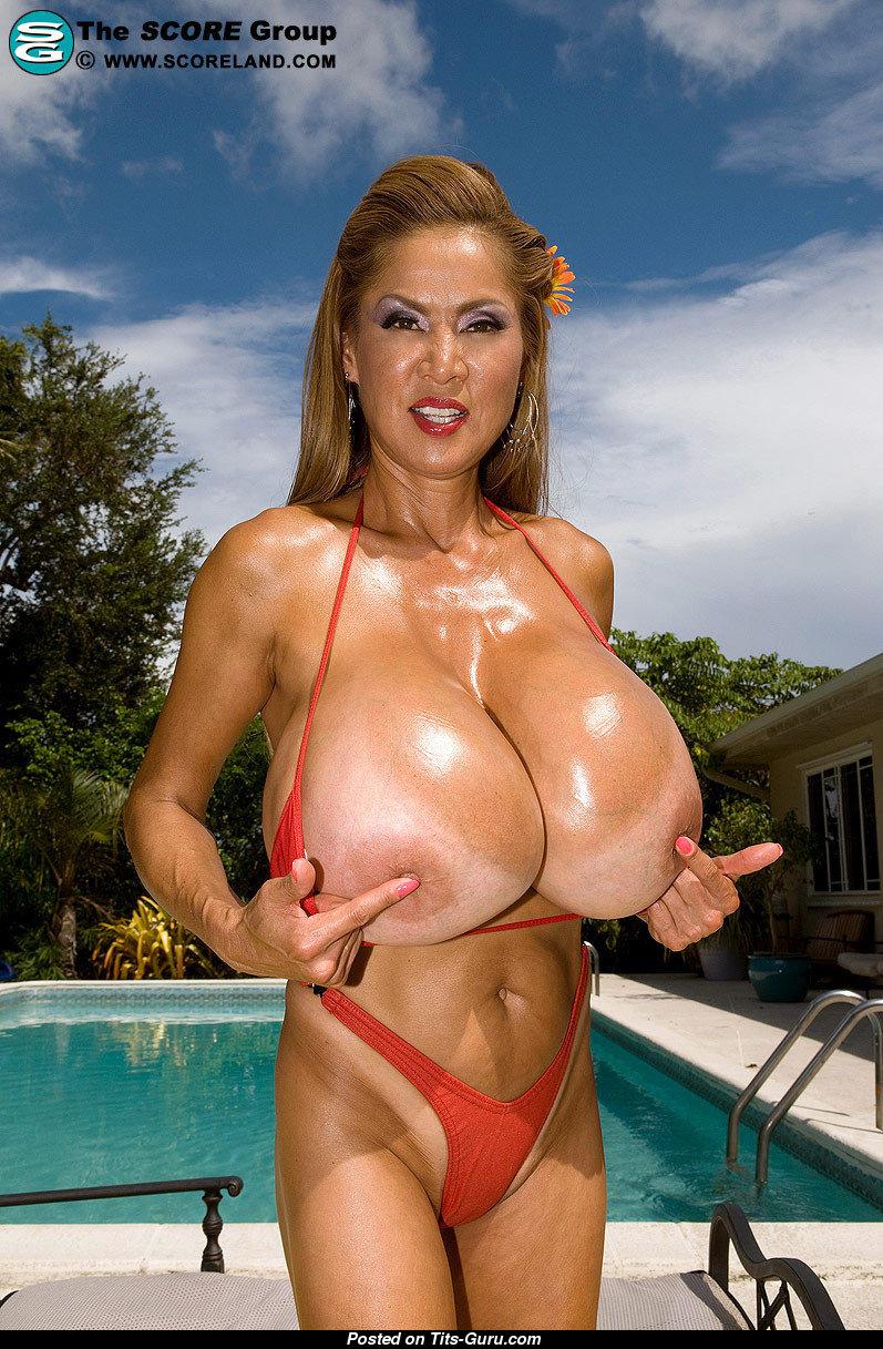 Hot wife in vest nude