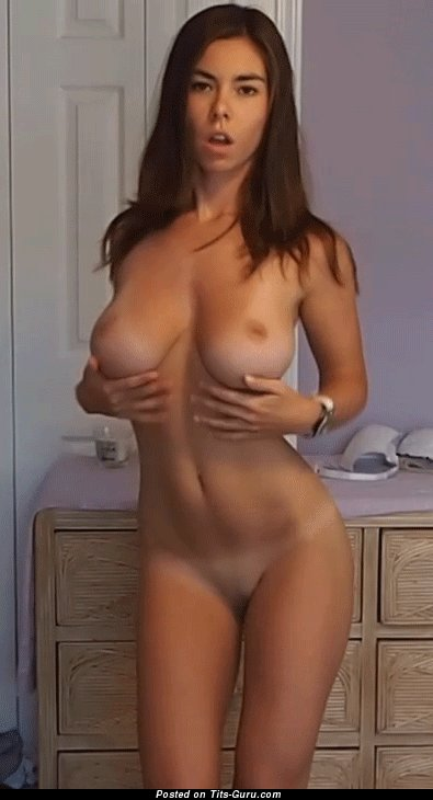 Image. Awesome girl with big natural tittys gif