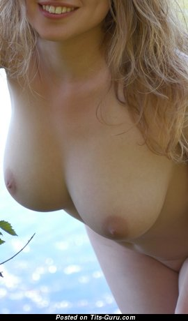Image. Nice woman with natural tittys image