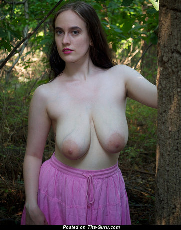 Amateur nude hot female with big natural boobs image