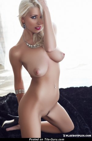 Image. Naked hot lady with natural tits photo
