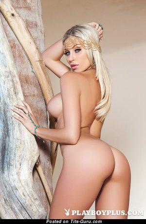 Sexy amateur nude amazing lady with medium breast image