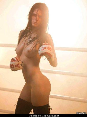 Image. Naked hot lady image