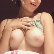 Nice woman with medium breast pic