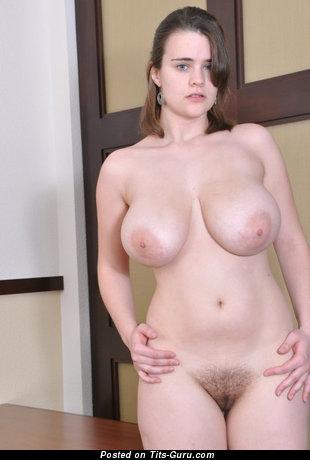 Elegant Brunette Babe with Elegant Bare Natural C Size Boob & Large Nipples (Sex Pix)