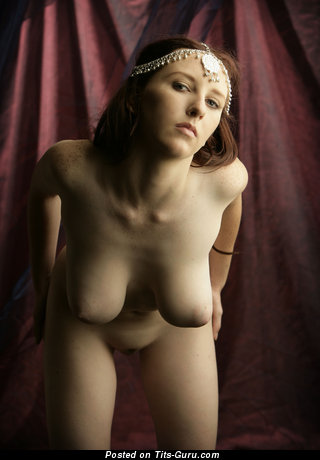 Image. Sarah - nude brunette with big natural tots and big nipples pic