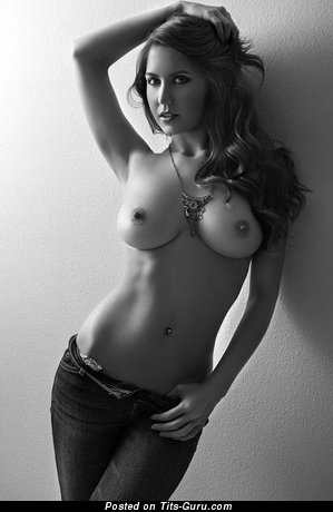 Delightful Babe with Delightful Bare Natural Firm Boobies (18+ Image)