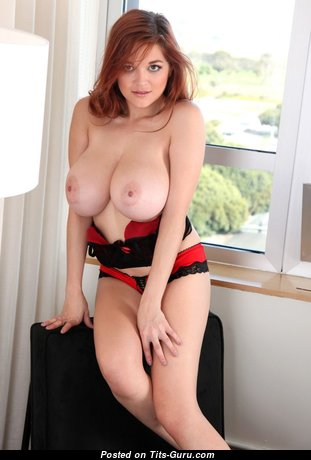 Tessa Fowler - The Nicest Topless American Red Hair Babe with The Nicest Bare Natural Hefty Tittes & Big Nipples (Hd Xxx Photo)