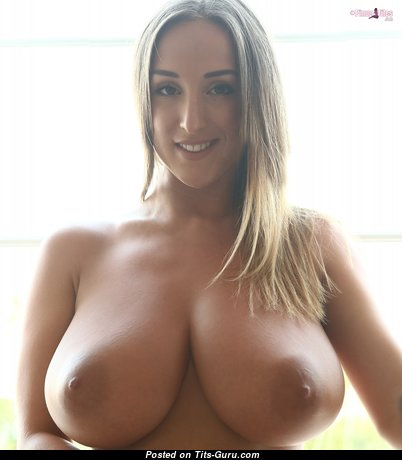 Elegant Babe with Elegant Open Real Full Tots (Hd 18+ Pic)