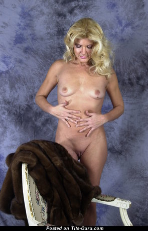Image. Sexyvenus - amateur nude blonde with small natural boob image