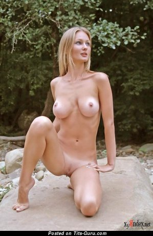 Image. Julia A - naked blonde photo
