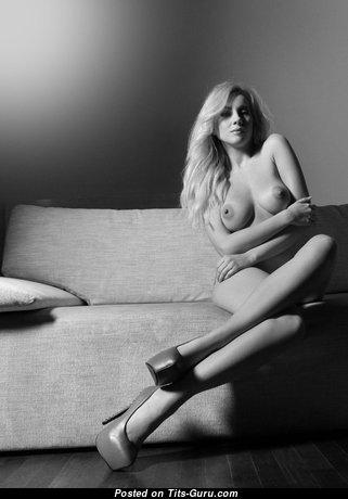 Hot Naked Babe (Hd Xxx Foto)