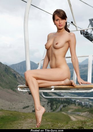 Image. Nude amazing woman with medium natural tots image