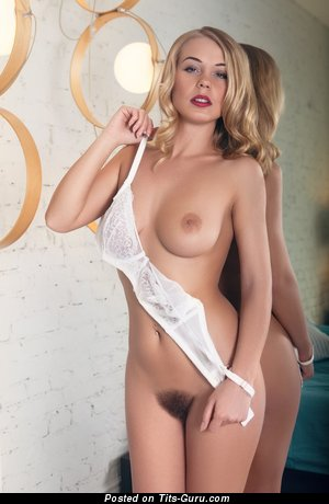 Image. Darina Nikitina - sexy naked beautiful girl picture