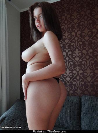 Image. Marina Visconti - naked brunette with big natural breast photo