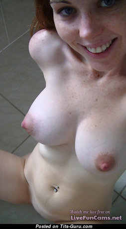 Good-Looking Red Hair Babe with Good-Looking Open Real Average Tits & Large Nipples (Selfie Sexual Pix)