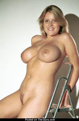 Sexy naked blonde photo