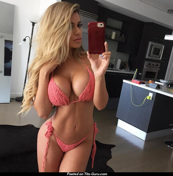 Blonde with huge tits nude selfie