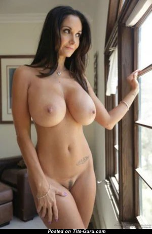 Beautiful Undressed Babe (Hd 18+ Pic)