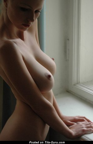 Naked beautiful girl picture