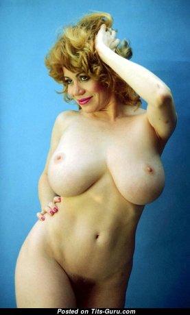Kitten Natividad - Hot American Blonde Actress & Pornstar with Hot Bald Silicone Balloons (Vintage Xxx Pix)