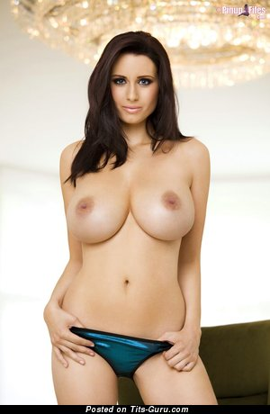 Sammy Braddy - Nice English, British Babe with Nice Nude Great Boobys (Porn Picture)