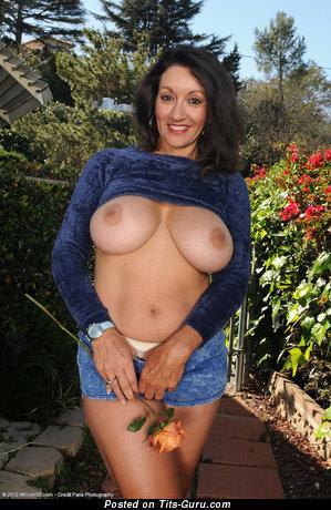 Persia Monir - Dazzling Iranian, American Red Hair Pornstar with Dazzling Defenseless Natural Titties (Hd Sexual Foto)