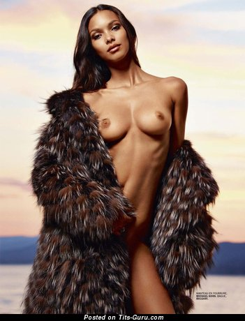 Image. Lais Ribeiro - nude red hair with medium natural tits image