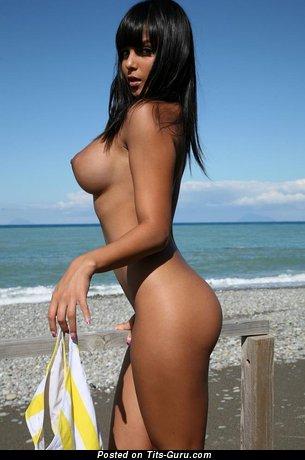Cristina Pedroche - Beautiful Brunette Babe with Beautiful Defenseless Regular Titties on the Beach (Sexual Photoshoot)