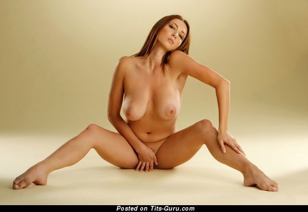 Image. Victoria - naked beautiful female pic