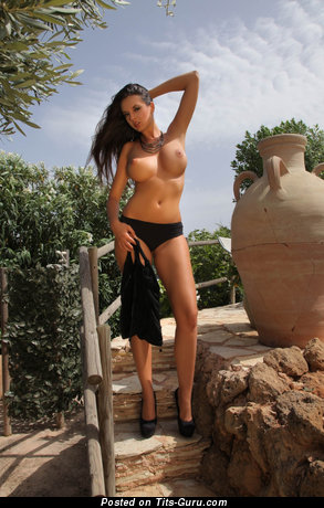 Image. Naked awesome lady with big tittes image