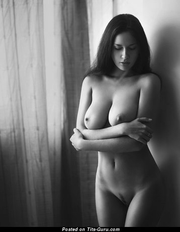 Image. Nude amazing female with big natural tittys pic