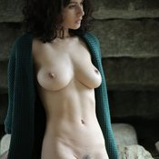 Grand Babe with Grand Nude Real Medium Boobs (Sex Image)