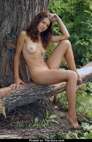 Image. Nude hot lady with natural tittes image