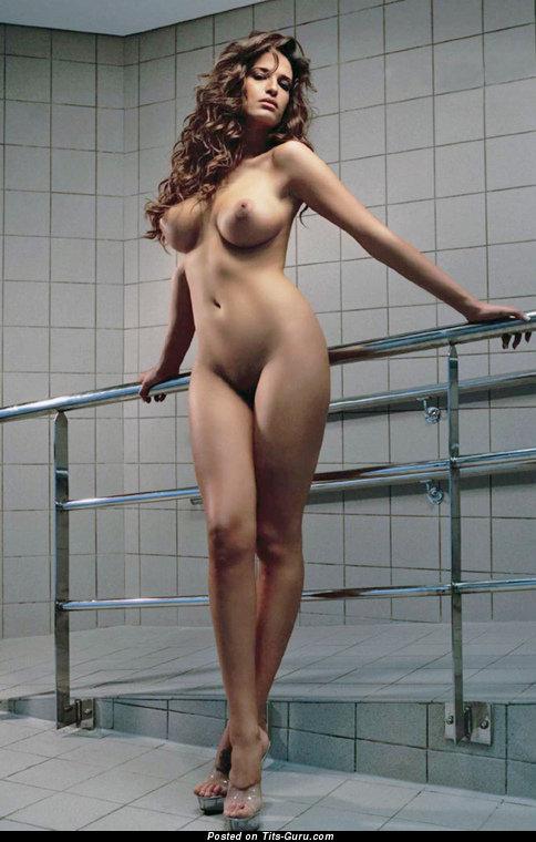Голые сиськи кубинок фото