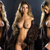 Sexy naked awesome female with big natural tittys picture