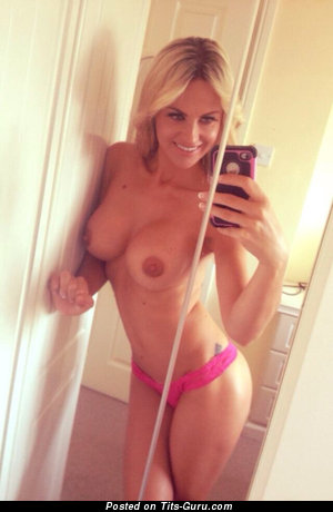 Image. Amateur nude blonde with medium boob selfie