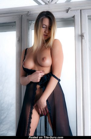 Angelica - Cute Topless Miss with Cute Exposed Real Soft Busts (Hd Sexual Foto)