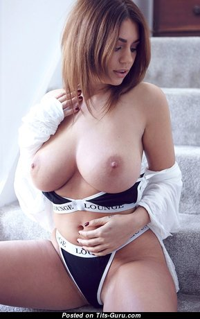 Pleasing Babe with Pleasing Exposed Natural Dd Size Tots (18+ Photoshoot)