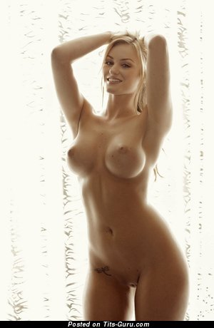 Image. Nude wonderful woman with medium boobies pic